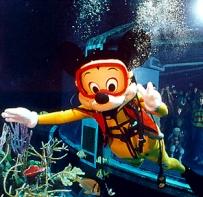 Scuba Mickey Live 8